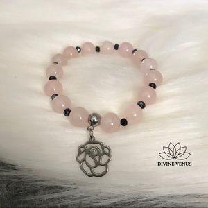 Rose Quartz x Rose Pendant Stretch Bracelet